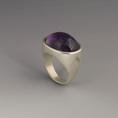 silver ring with oval amethyst