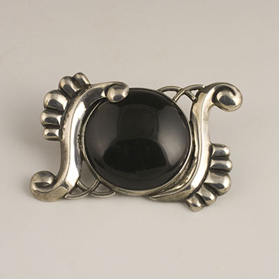 Fred Davis Silver S-curve Pin with Obsidian Cabochon - for sale