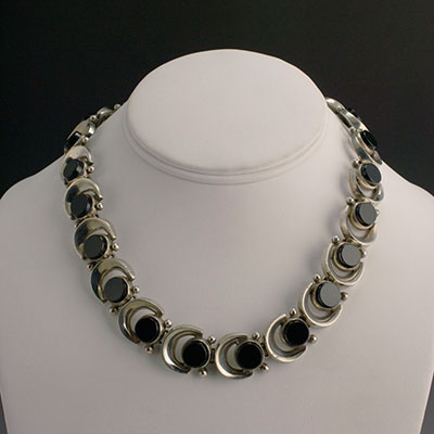 Antonio bracelet silver and black onyx necklace