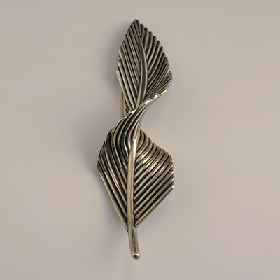 Antonio Pineda silver twisted feather pin brooch