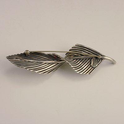 Antonio Pineda silver twisted feather pin