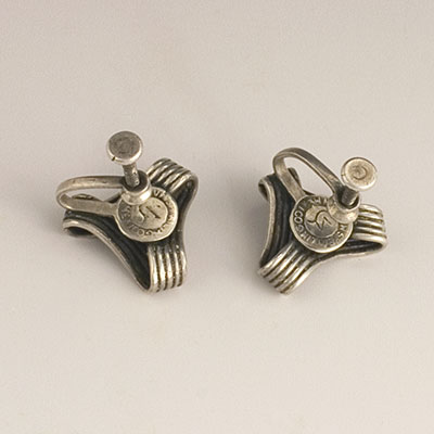 Spraatling silver earrings