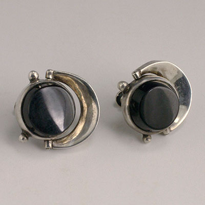 Antonio Pineda silver and black onyx swiveling disks earrings